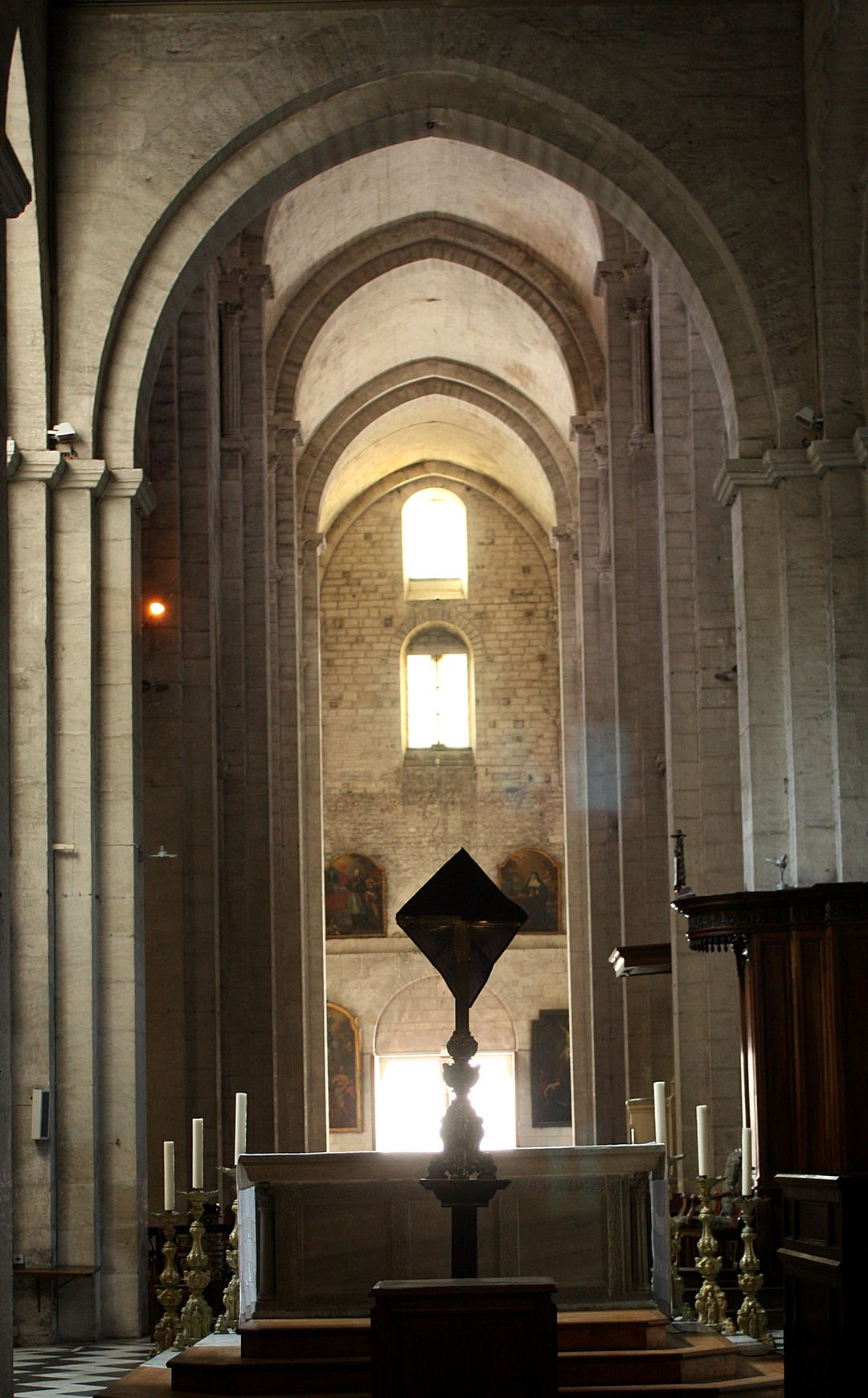 Arles 05