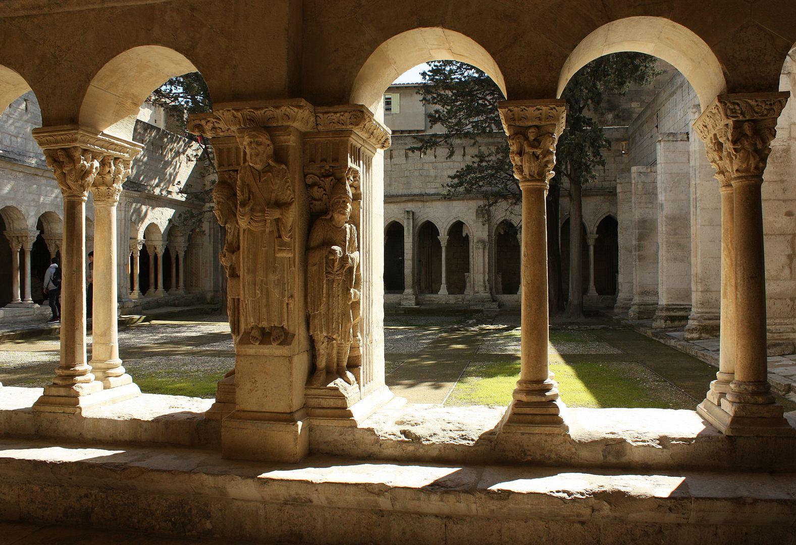 Arles 06