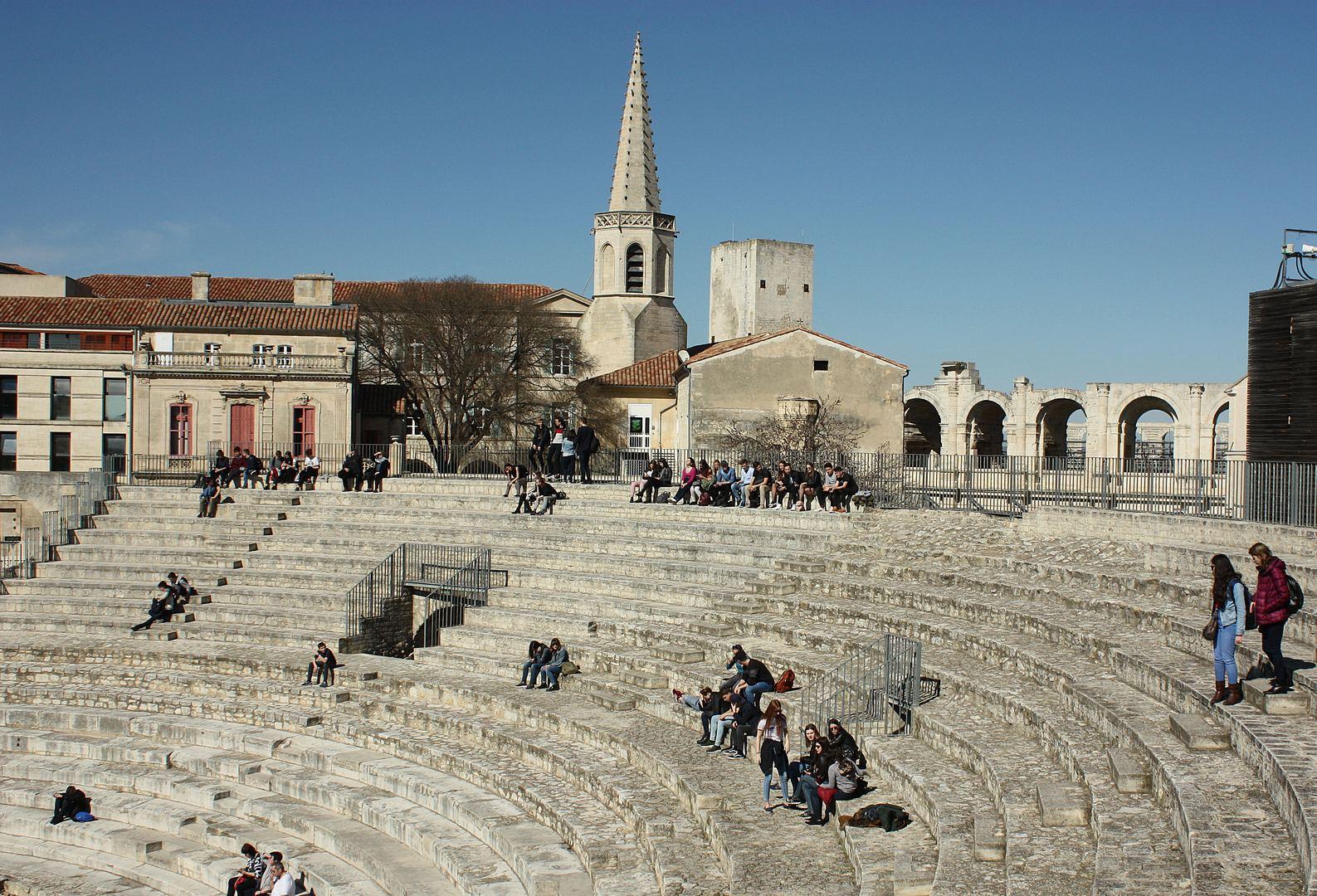 Arles 10