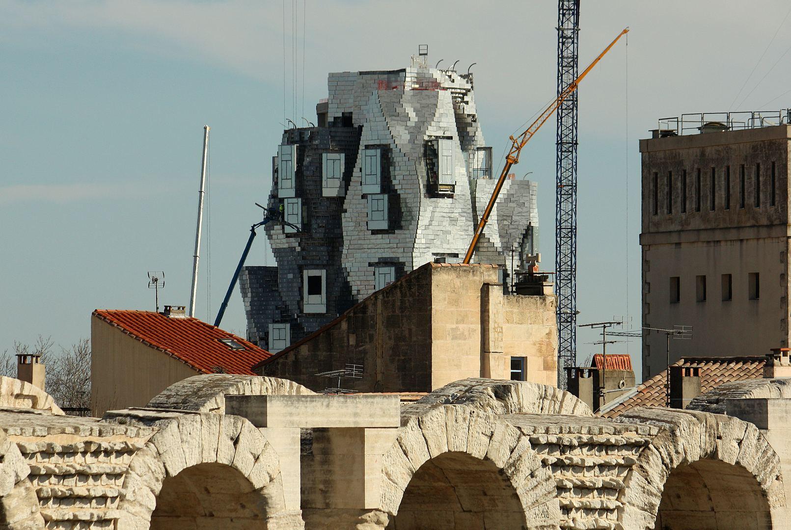 Arles 16