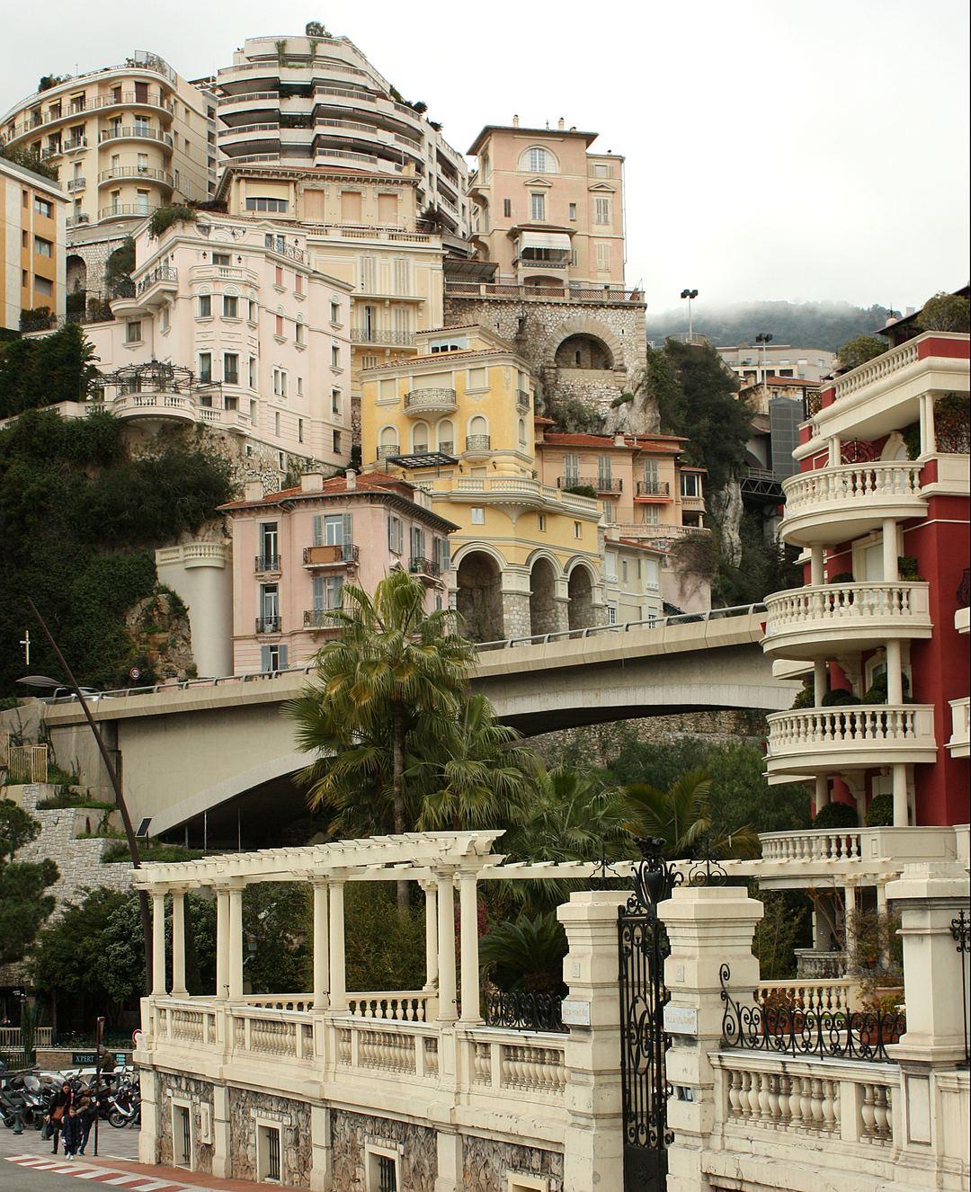Monaco 39